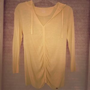 Calvin Klein pale yellow 3/4 sleeve sheer shirt